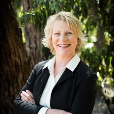 Tracy de Riter, Sales representative