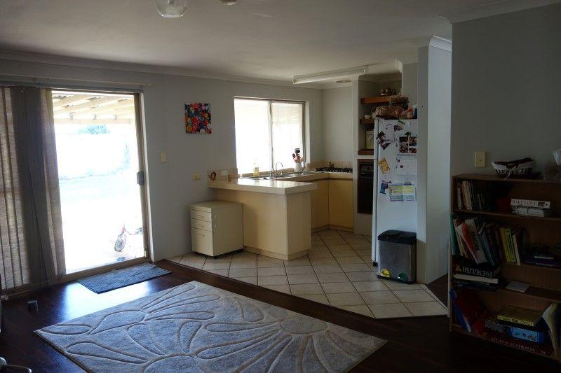 6 Oldham Place, Usher WA 6230, Image 2