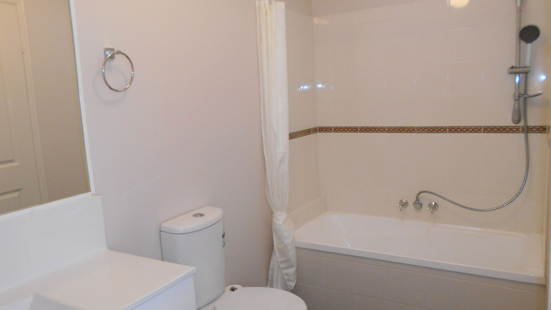 14/8 Channel St, Cleveland QLD 4163, Image 2