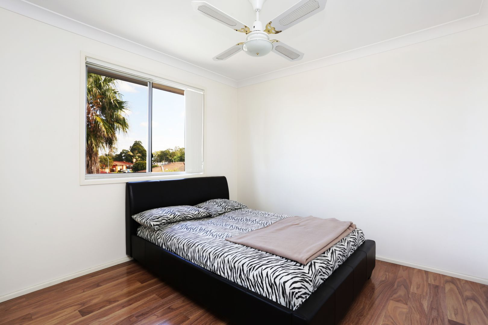 6 Mortimer Lewis Grove, St Clair NSW 2759, Image 1