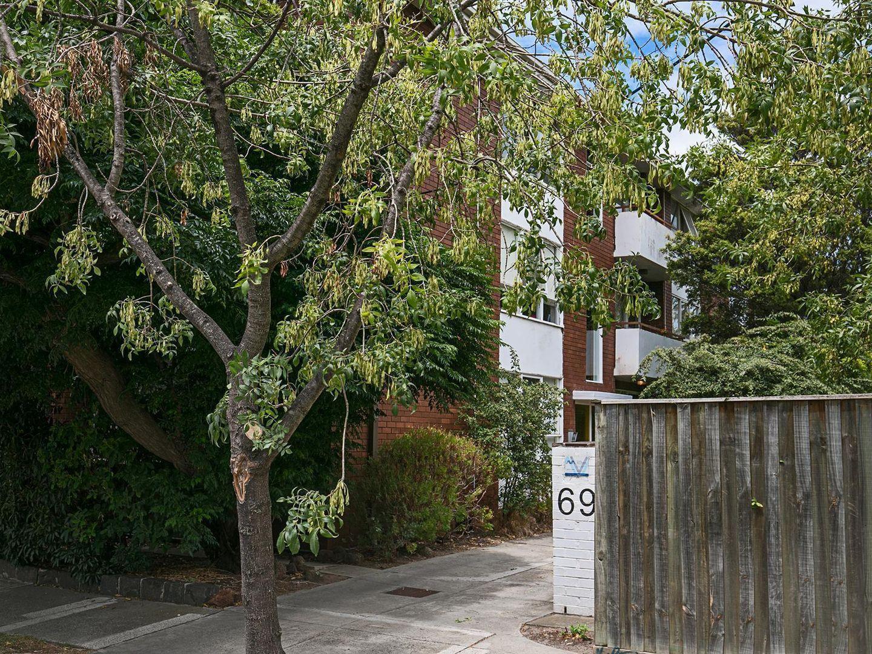 2/69 Spray Street, Elwood VIC 3184, Image 0