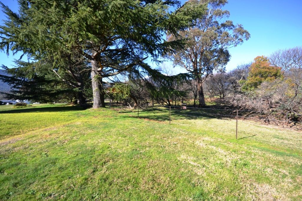 182 Kiewa Valley Highway, Tawonga VIC 3697, Image 1