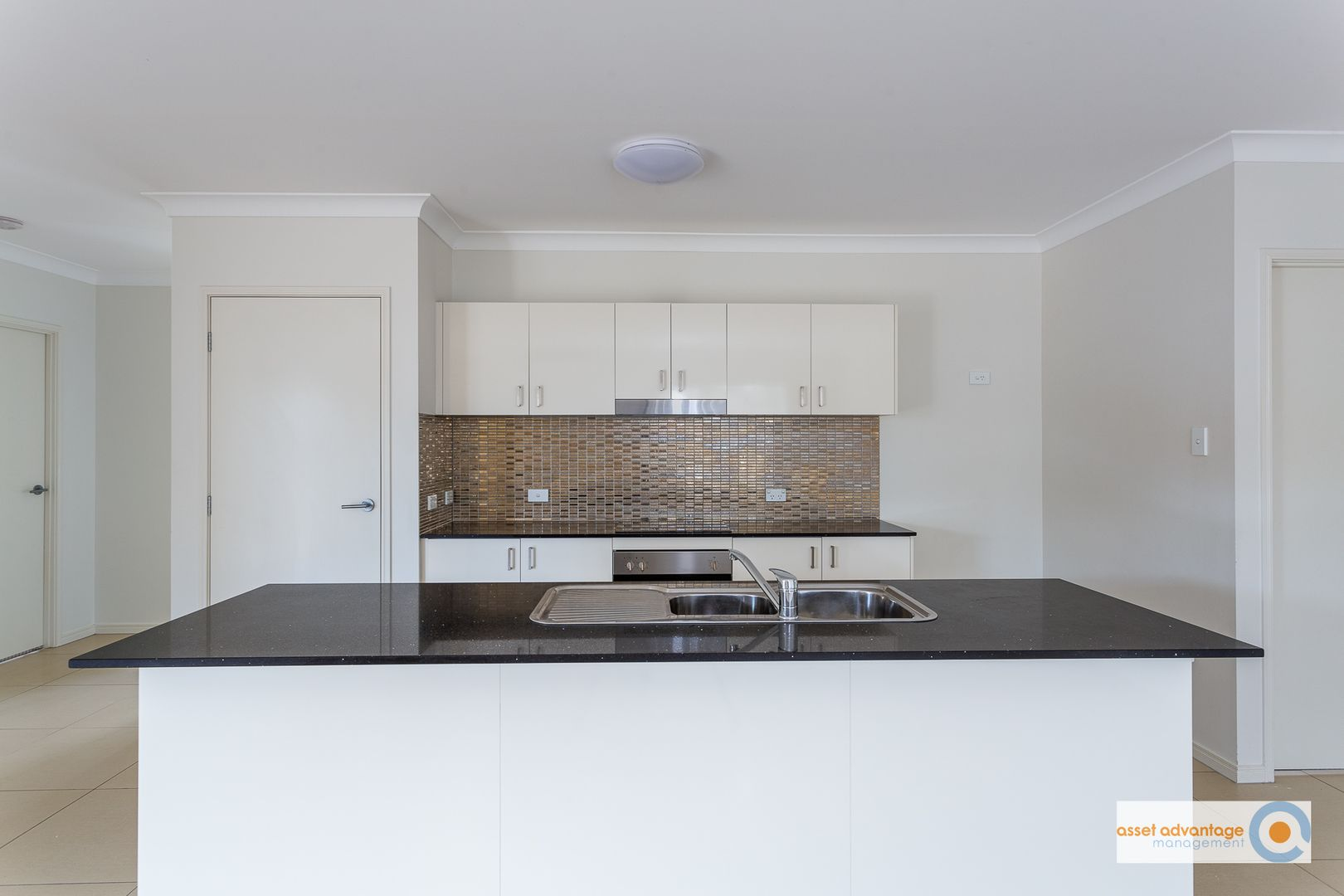 40 Songbird Circuit, Flagstone QLD 4280, Image 2