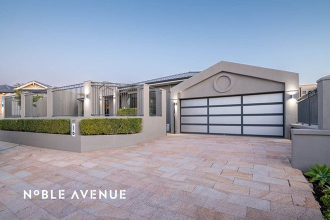 Picture of 17 Hamelin Place, HILLARYS WA 6025
