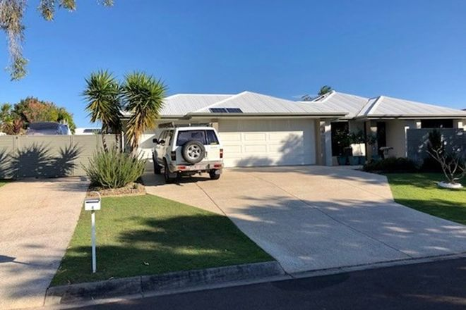 Picture of 4 Carr Place, PELICAN WATERS QLD 4551