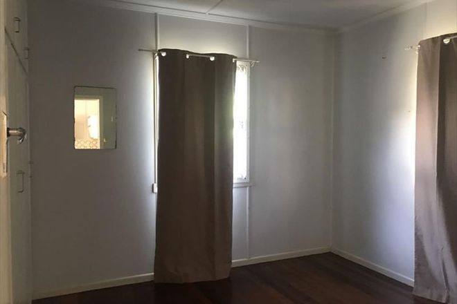 Picture of 2/8 Teresa Easement, LABRADOR QLD 4215