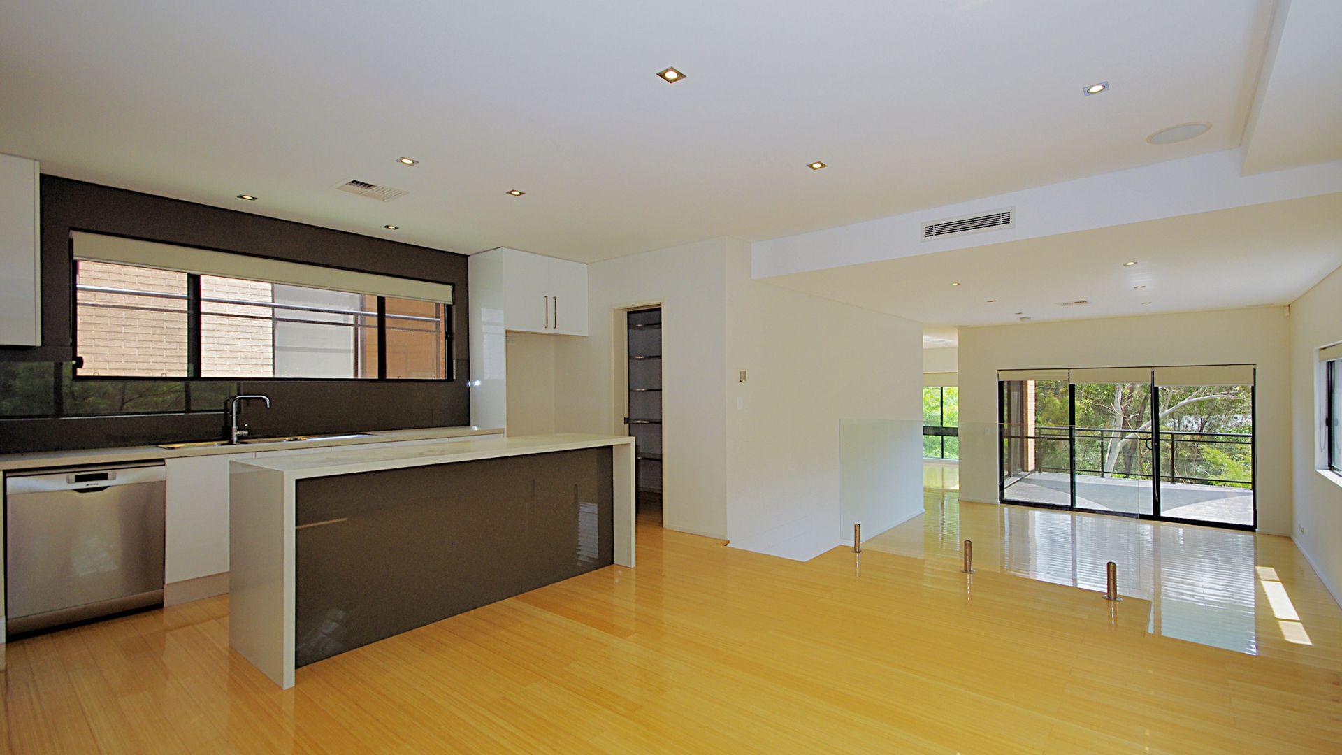 3/8 Charm Place, Peakhurst NSW 2210, Image 1