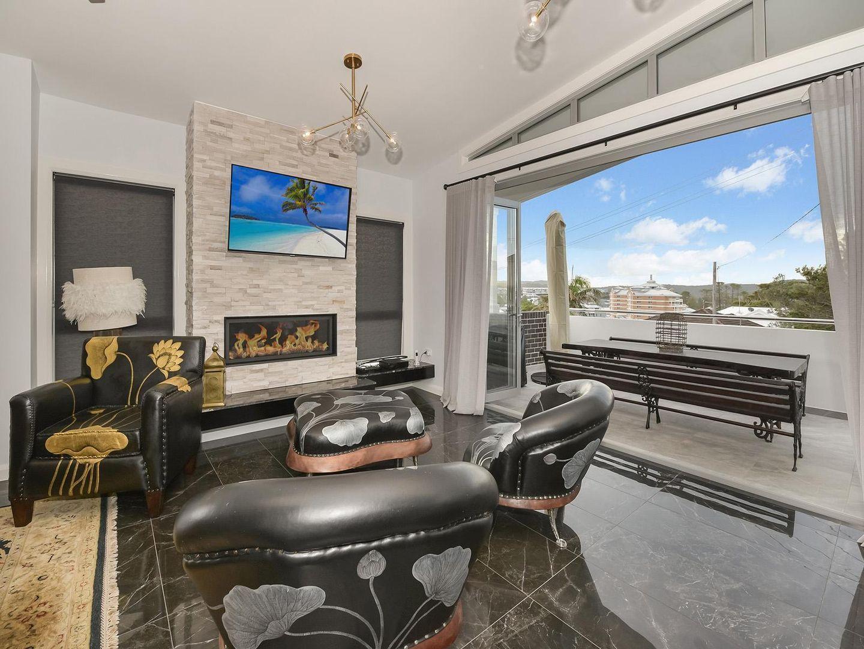 2/3 Tiarri Crescent, Terrigal NSW 2260, Image 1