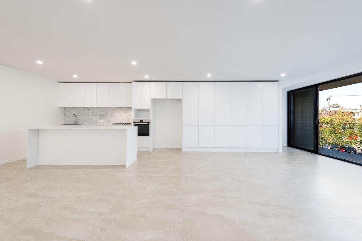 32 Birdwood Street, Coorparoo QLD 4151, Image 0