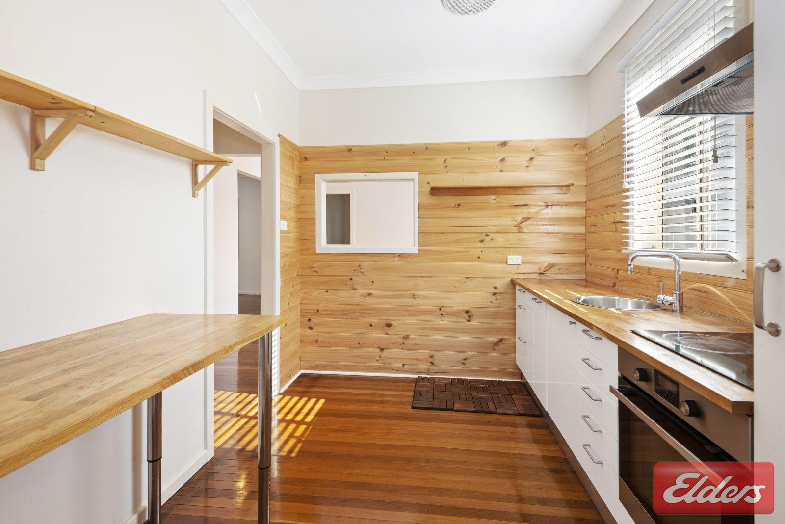 33 Venn Avenue, Lalor Park NSW 2147, Image 2