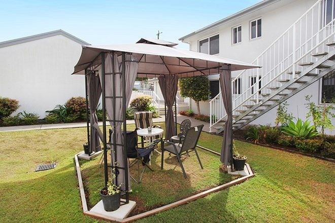 Picture of Unit 1/8 Low St, YANDINA QLD 4561