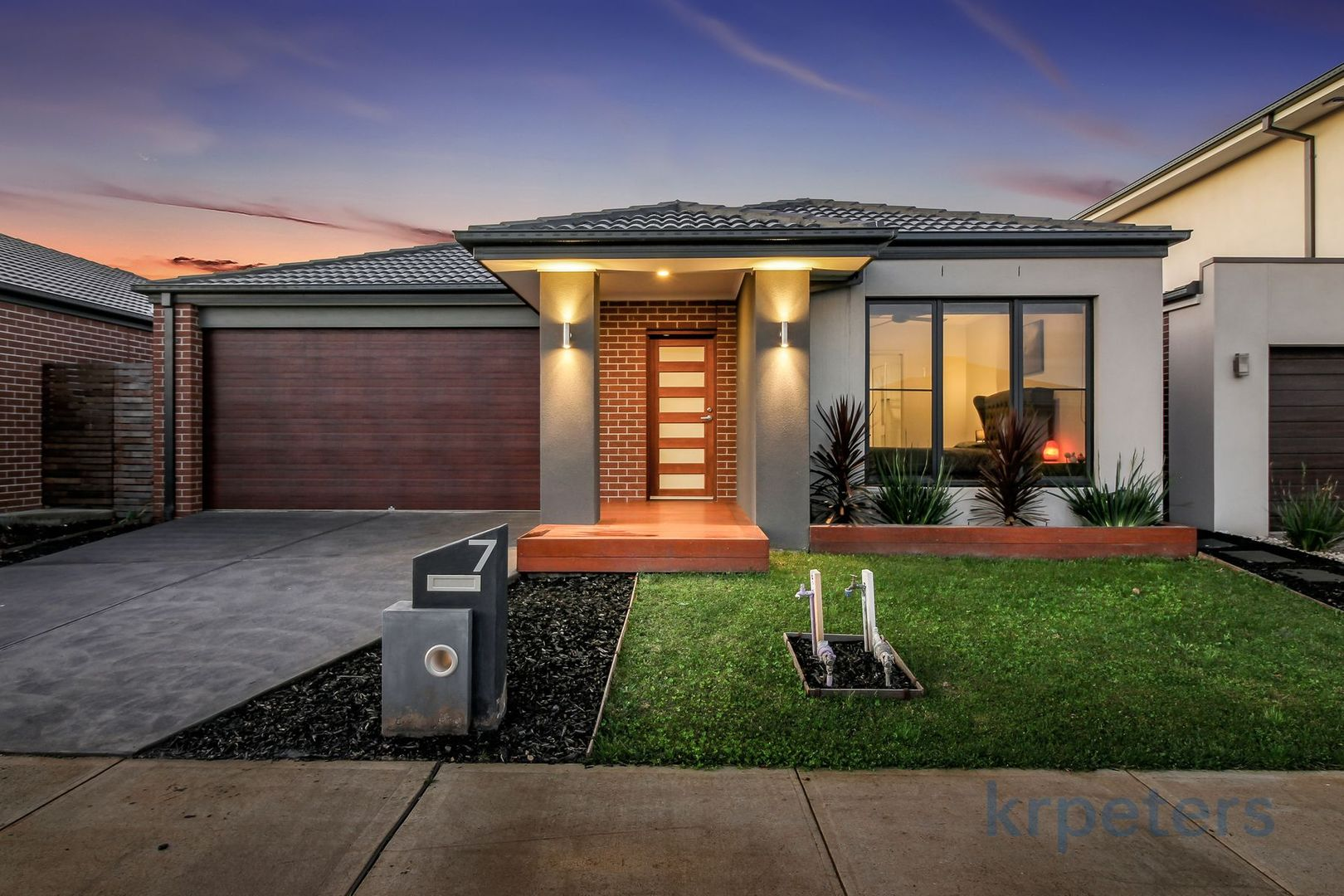 7 Alberico Way, Officer VIC 3809, Image 0