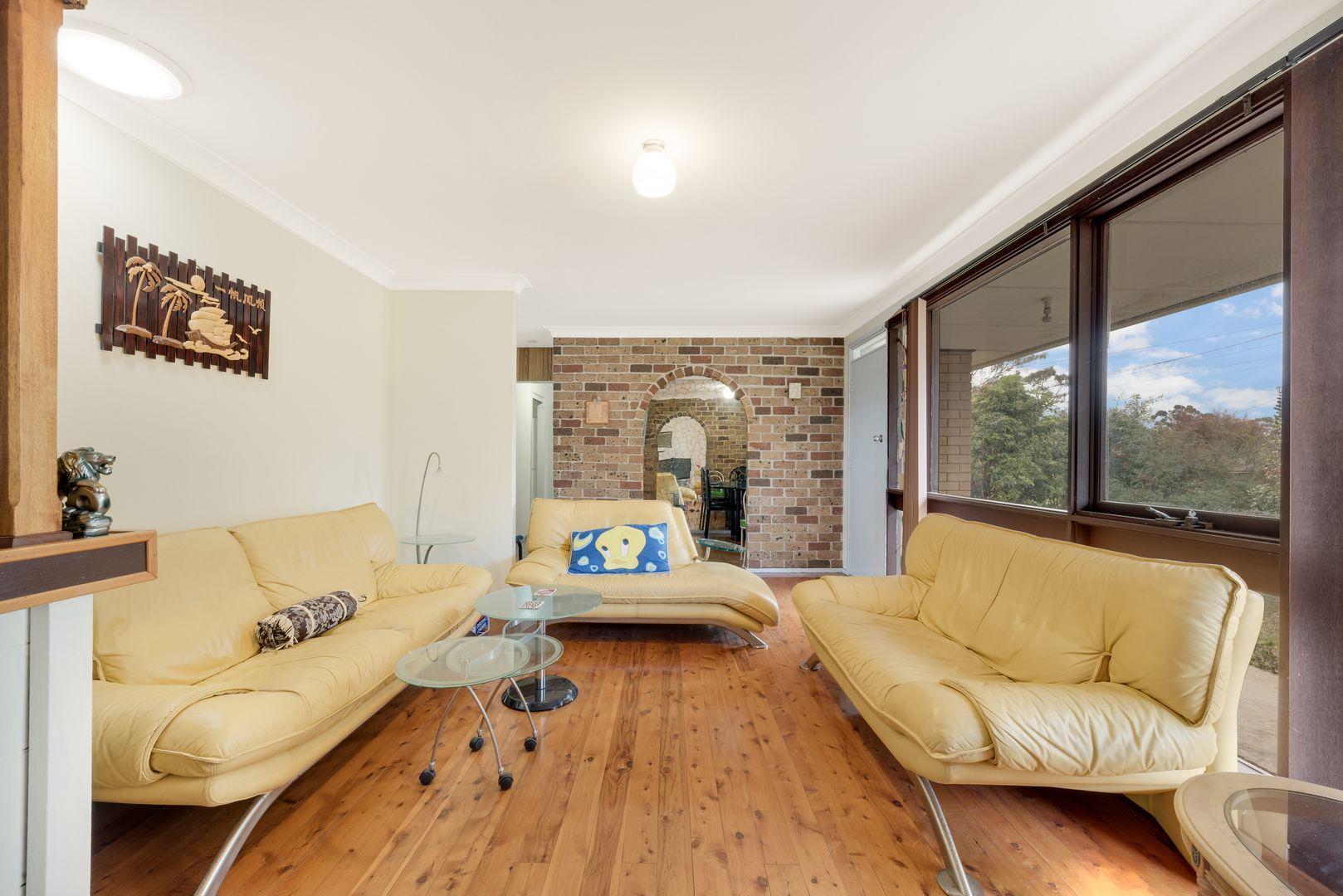 19 Bingara Road, Macquarie Fields NSW 2564, Image 2