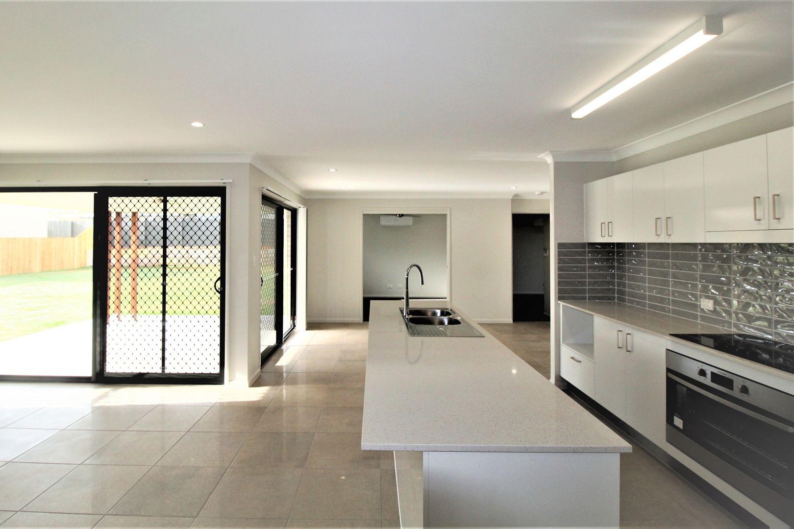 Lot/19 Bantry Court, Parkhurst QLD 4702, Image 2