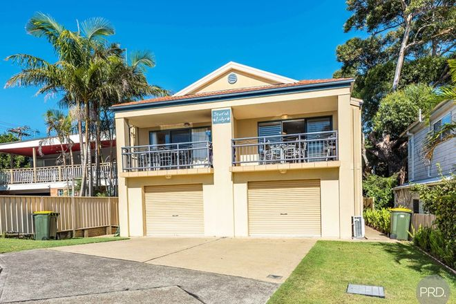 Picture of 2/1A Messines Street, SHOAL BAY NSW 2315