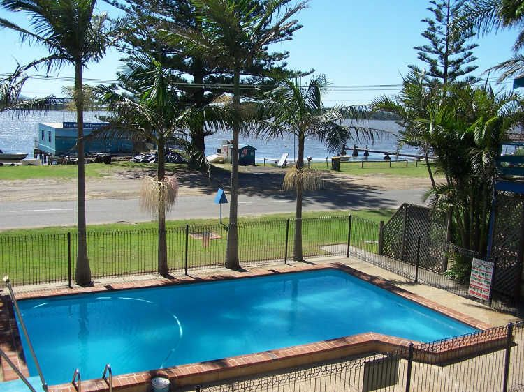 91 Main Road, Manning Point NSW 2430, Image 2
