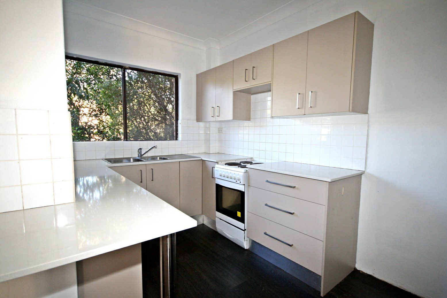 4/6 'The Grove' Skellatar Street, Muswellbrook NSW 2333, Image 2