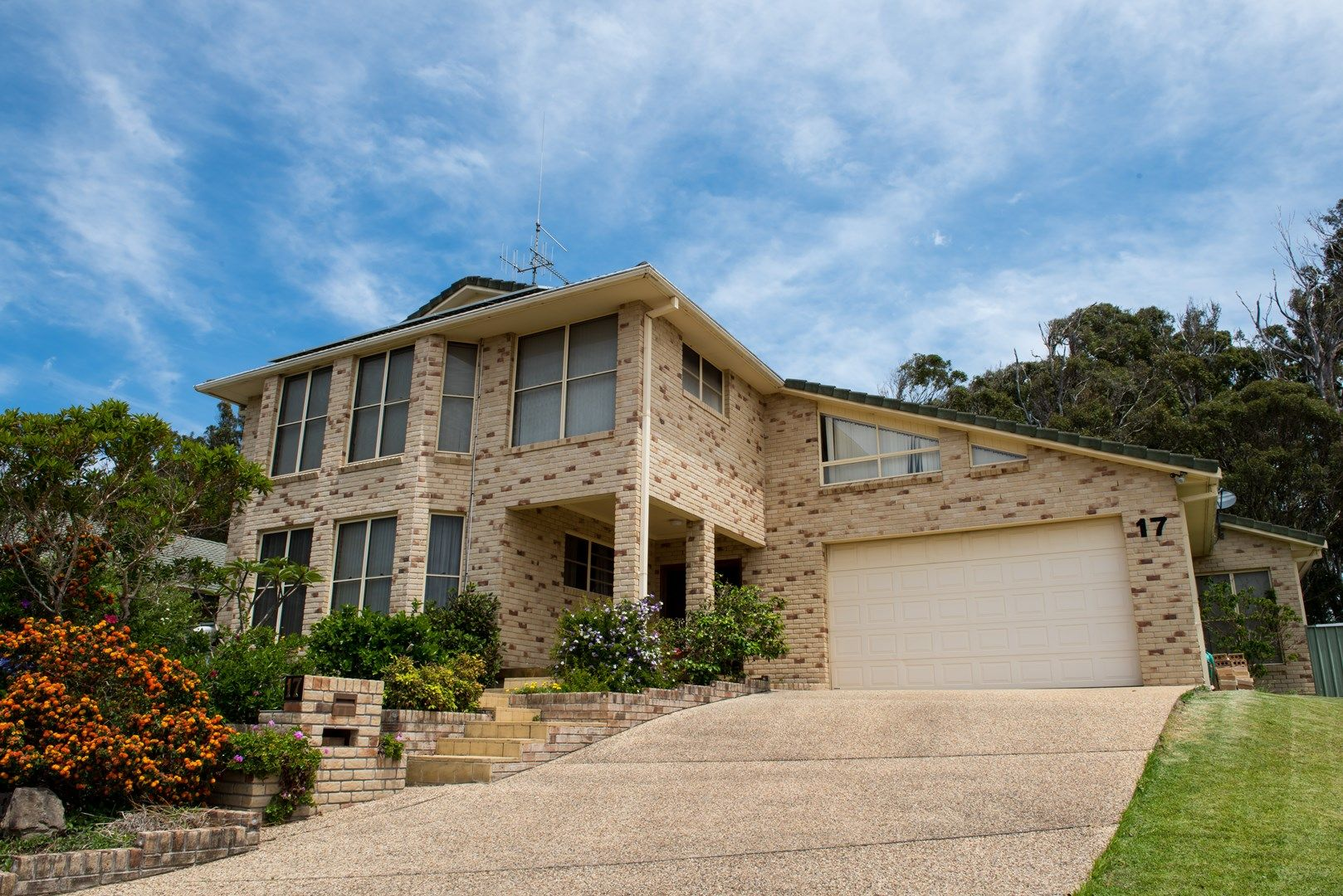 17 Zamia Place, Forster NSW 2428, Image 0