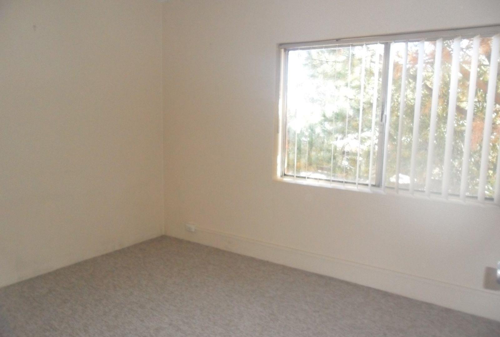 1/67 Macquoid Street, Queanbeyan East NSW 2620, Image 2
