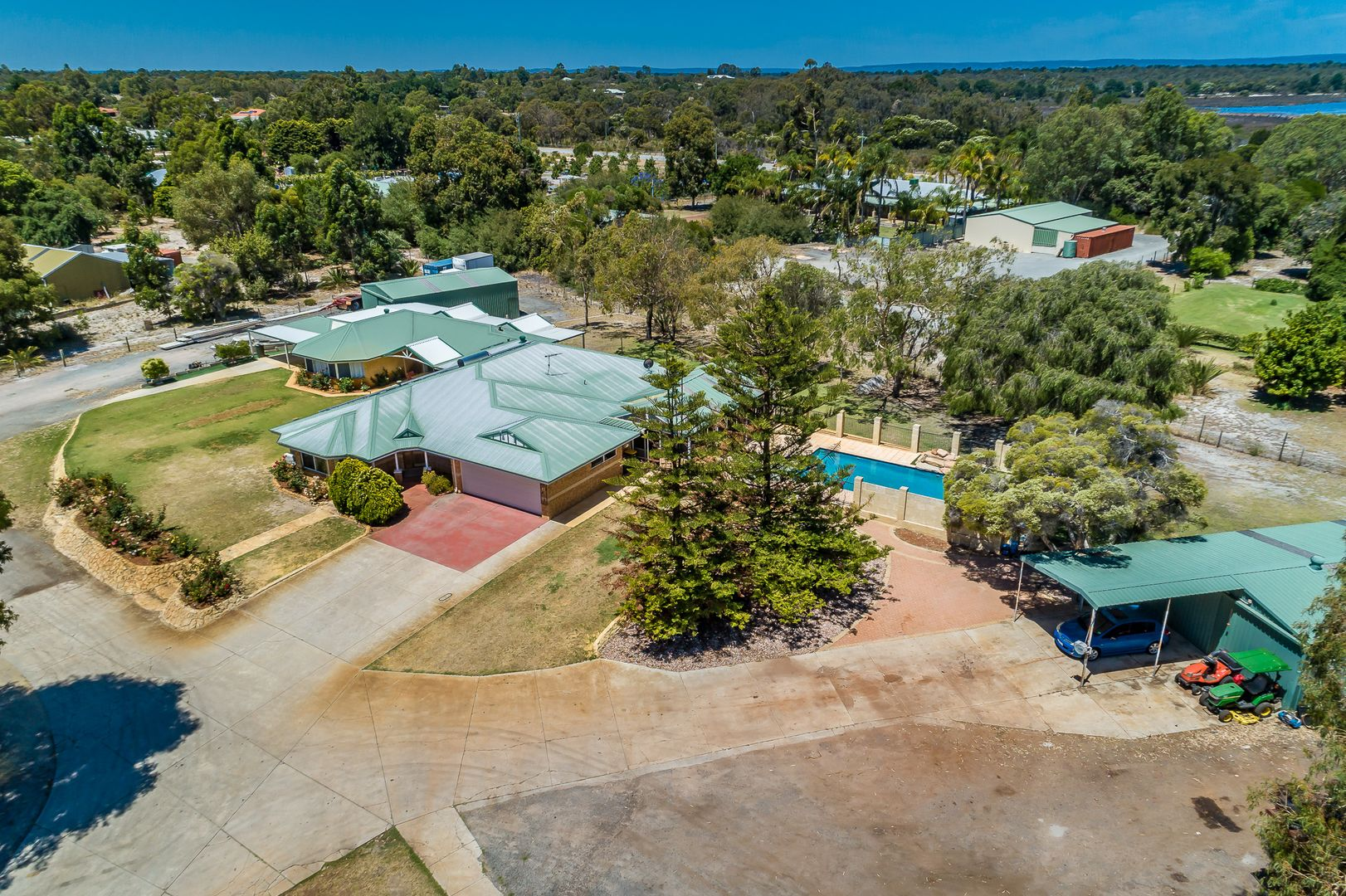 41 Colonial  Circle, Gnangara WA 6077, Image 0