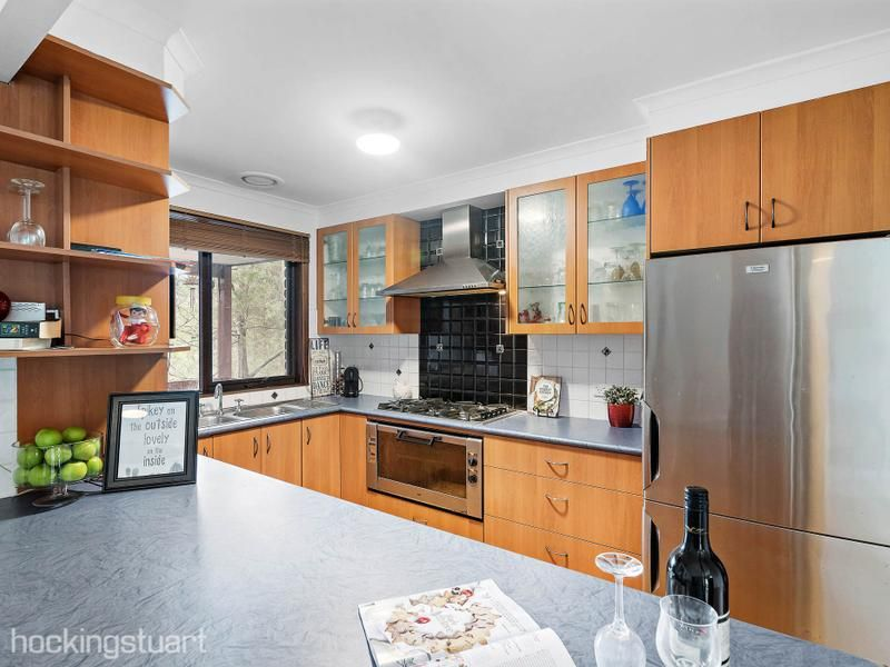 19 Rudolf Court, Ringwood North VIC 3134, Image 2