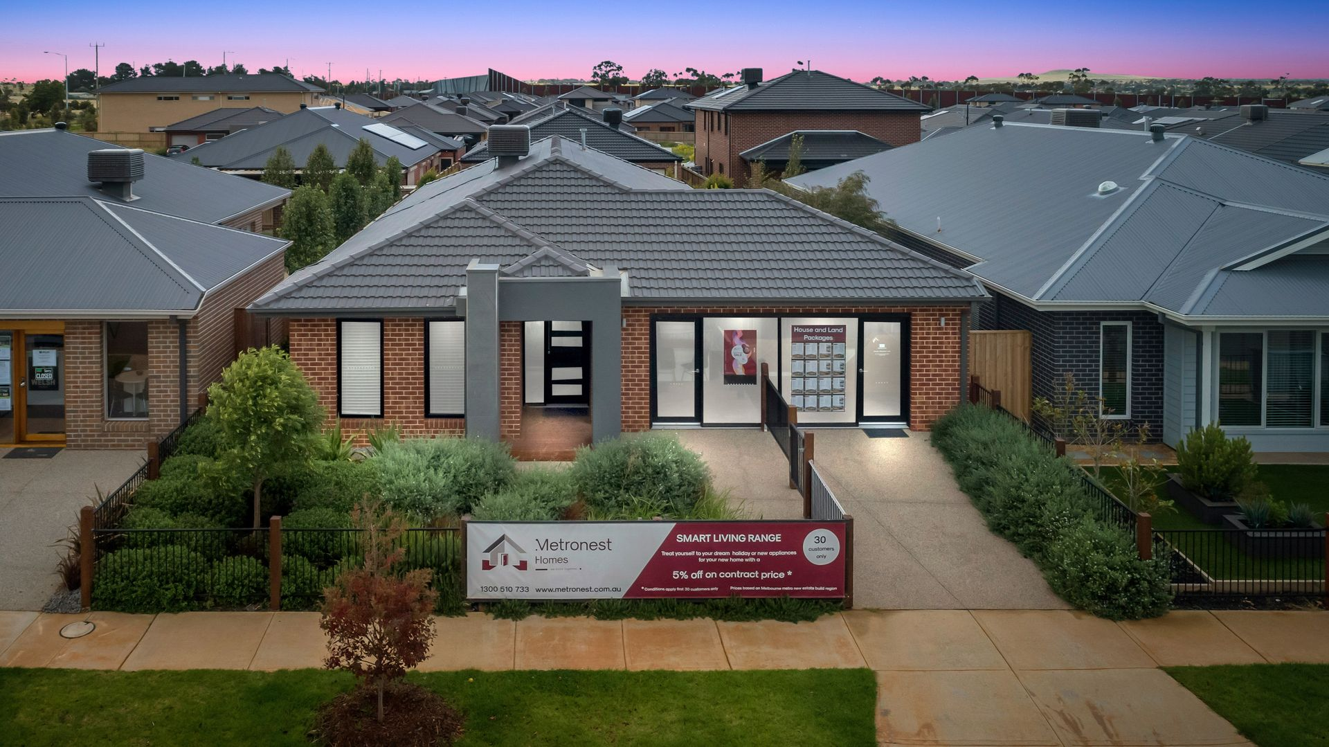 12 Lincolnshire Drive, Thornhill Park VIC 3335, Image 1