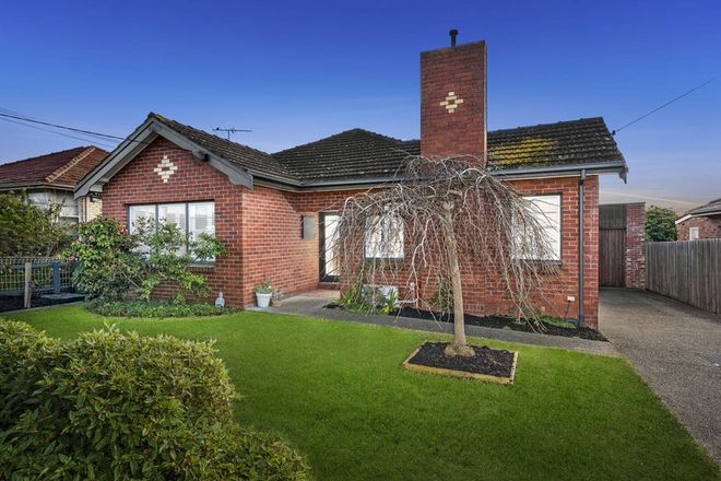 Picture of 54 Lascelles Avenue, MANIFOLD HEIGHTS VIC 3218