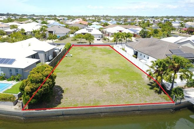 Picture of 7 Baza Place, BANKSIA BEACH QLD 4507