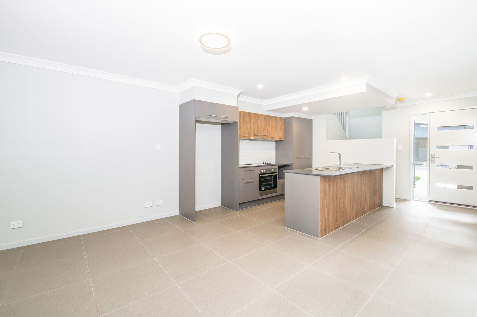 31/33 Lacey Road, Carseldine QLD 4034, Image 2