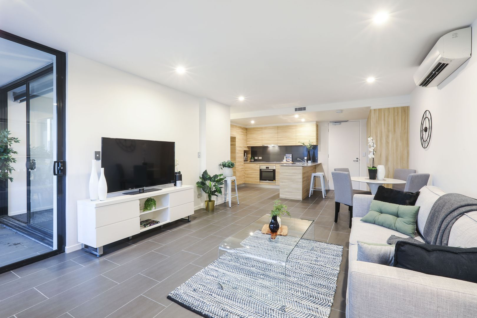 7/91 High Street, Southport QLD 4215, Image 2