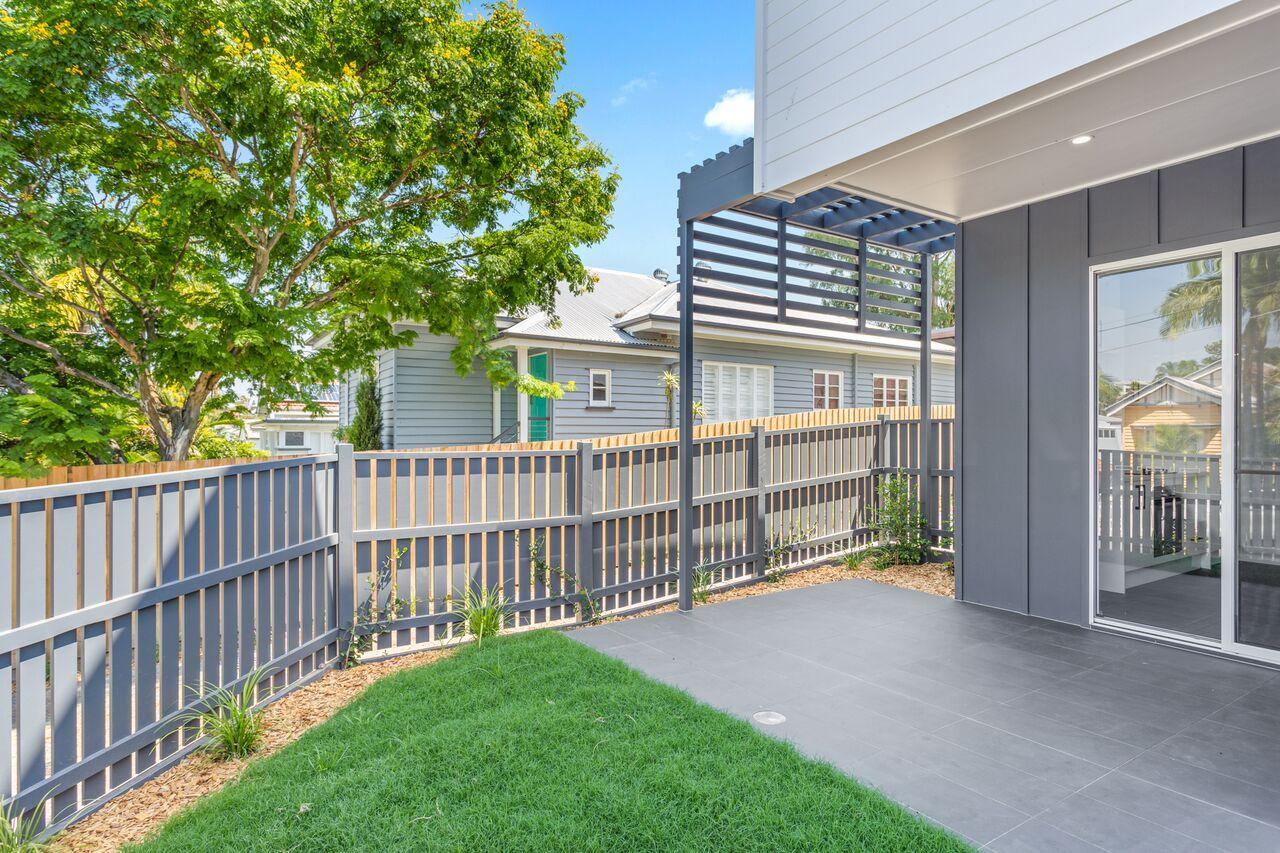 11 Princess Street, CAMP HILL QLD 4152, Image 2