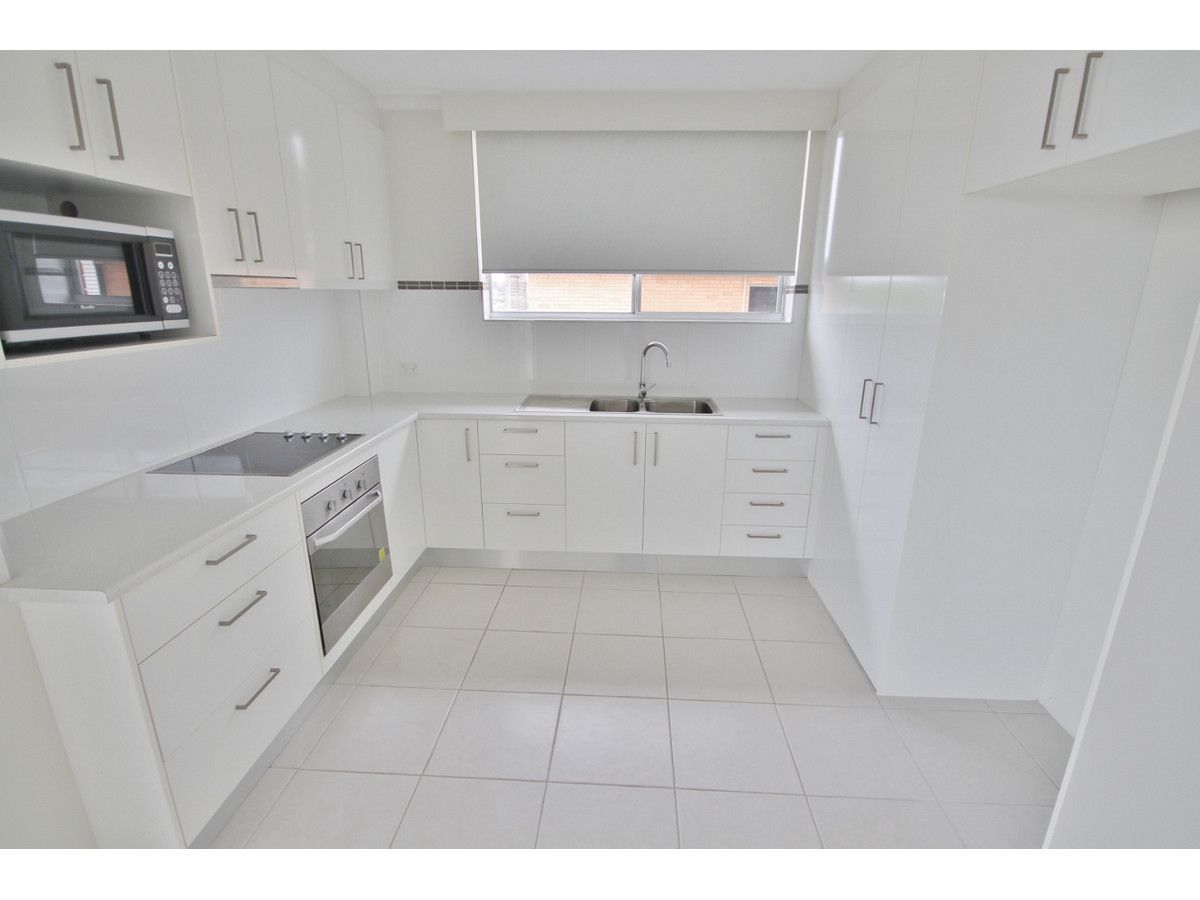 6/13 Crown Street, Holland Park West QLD 4121, Image 1