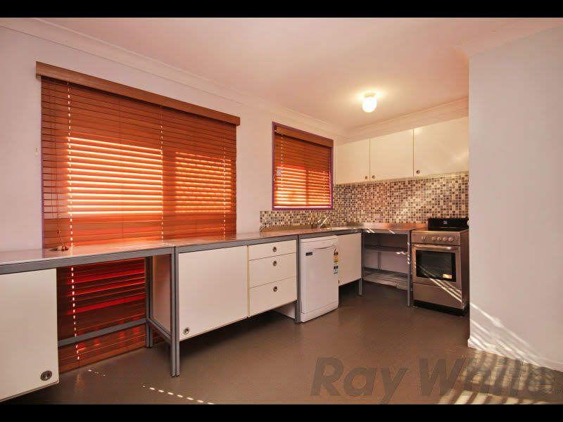 5 Ross Street, Ebbw Vale QLD 4304, Image 2