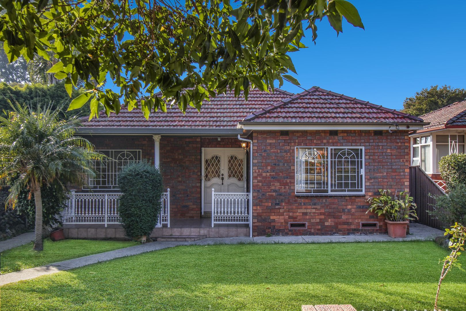2 Rosemeath Avenue, Kingsgrove NSW 2208, Image 0