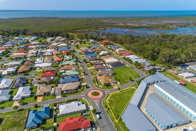 Picture of 33 Saltwater Drive, ROTHWELL QLD 4022