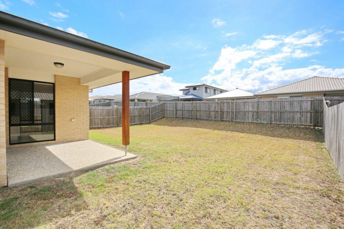 15 Combs Street, Yarrabilba QLD 4207, Image 2