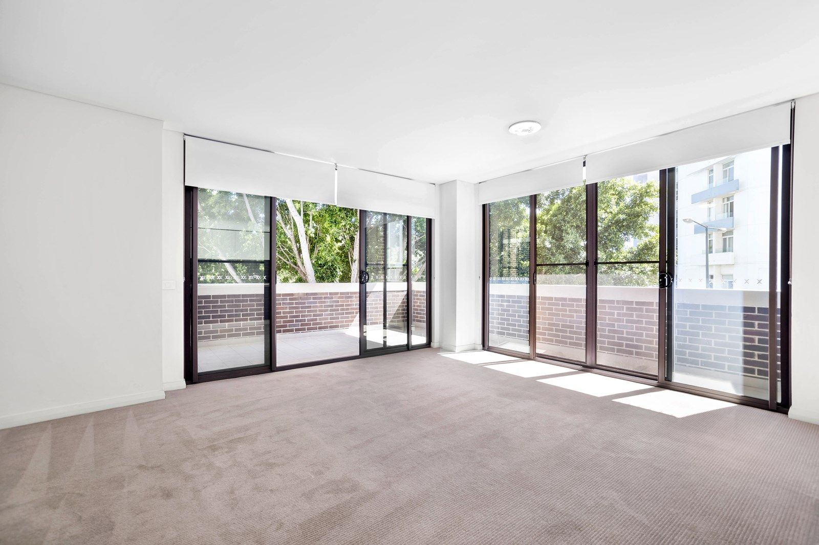 212/4 Baywater Drive, Wentworth Point NSW 2127, Image 1