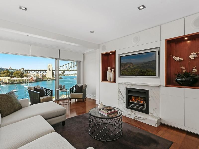15 East Crescent Street, Mcmahons Point NSW 2060, Image 1