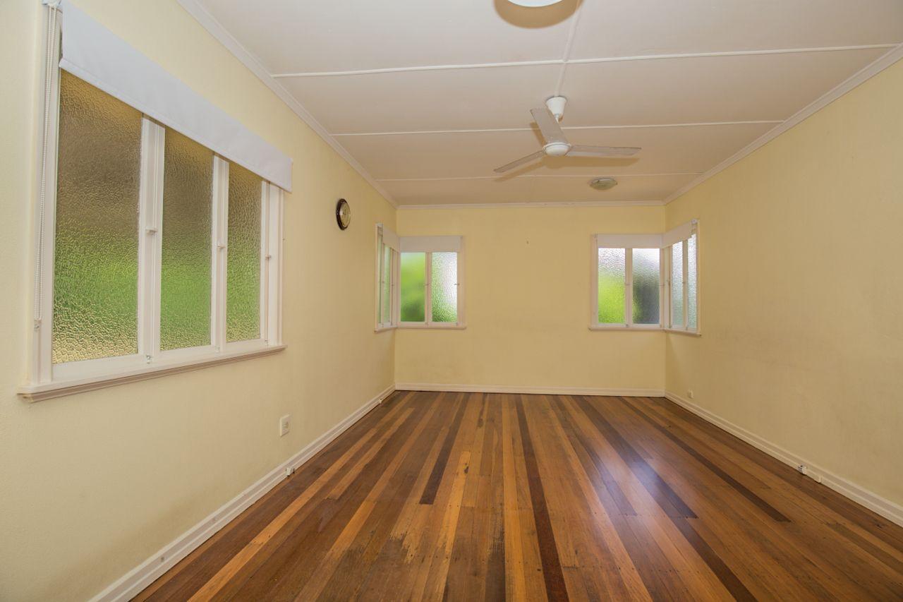 78 Shaftesbury Street, Tarragindi QLD 4121, Image 2