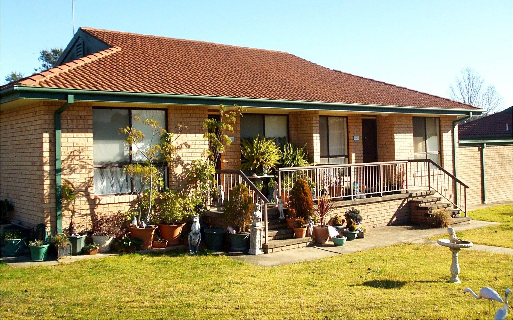 2/43 Havelock Street, Adelong NSW 2729, Image 0