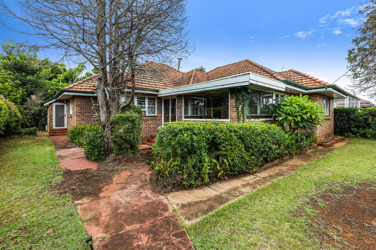 156 Russell Street, Newtown QLD 4350, Image 0