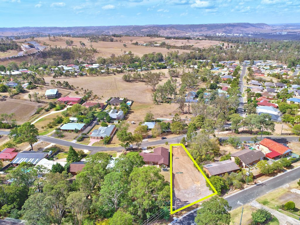 30 Myrtle Creek Avenue, Tahmoor NSW 2573, Image 1