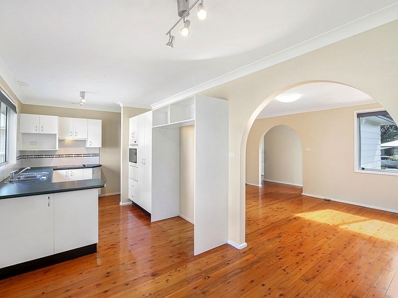 22 Inderan Avenue, Lake Haven NSW 2263, Image 1