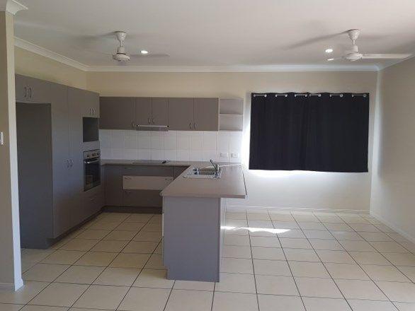 17 Coolaree Drive, Bushland Beach QLD 4818, Image 1