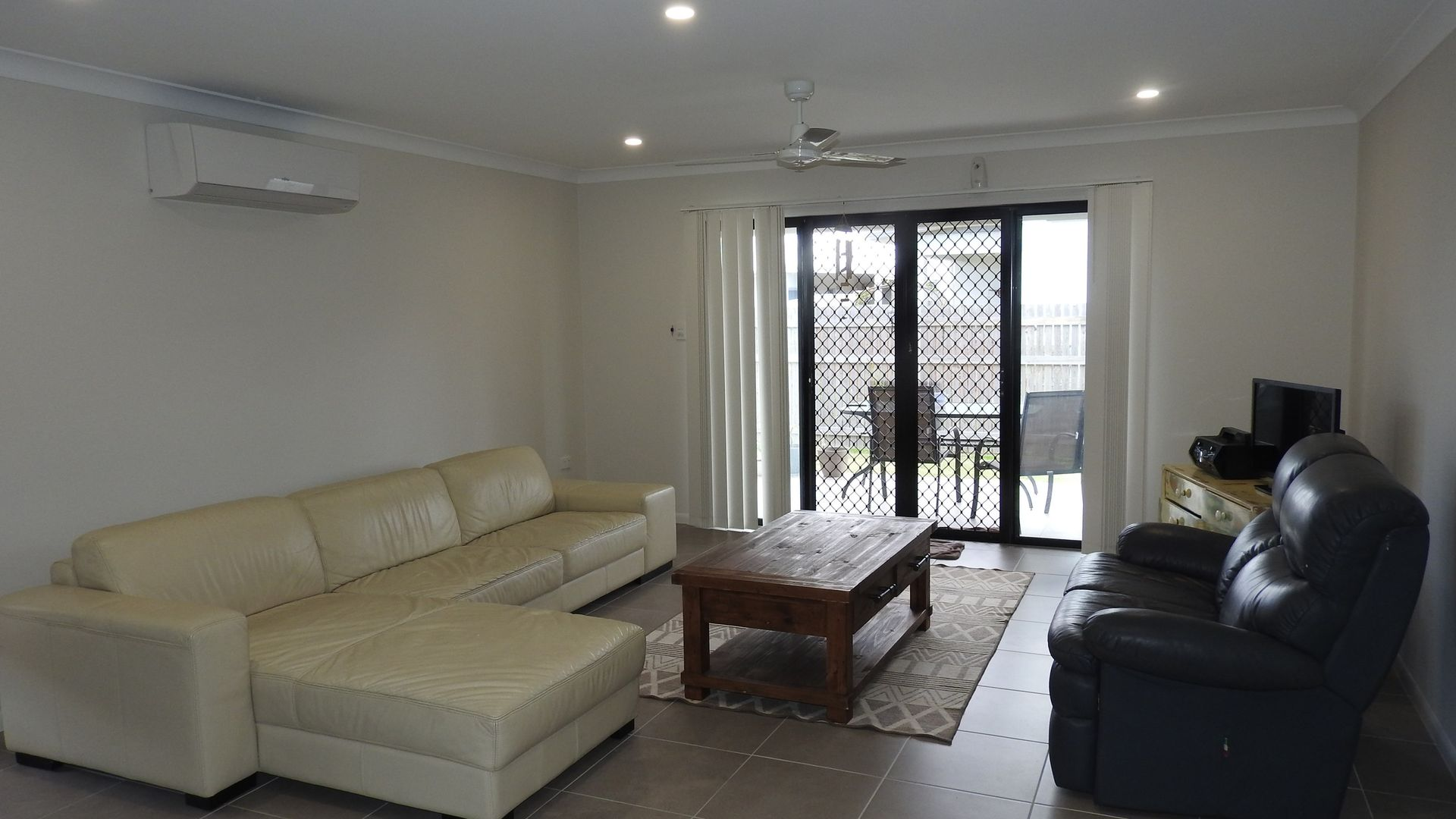 Room 2/32 Delaware Green, Mount Louisa QLD 4814, Image 2