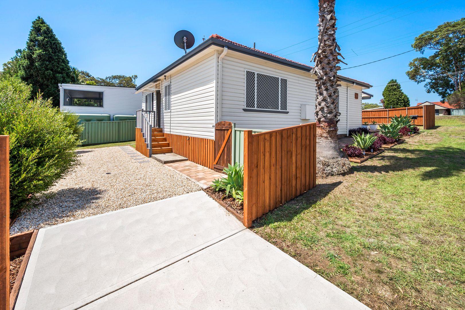 6 Avonlea Street, Belmont North NSW 2280, Image 2