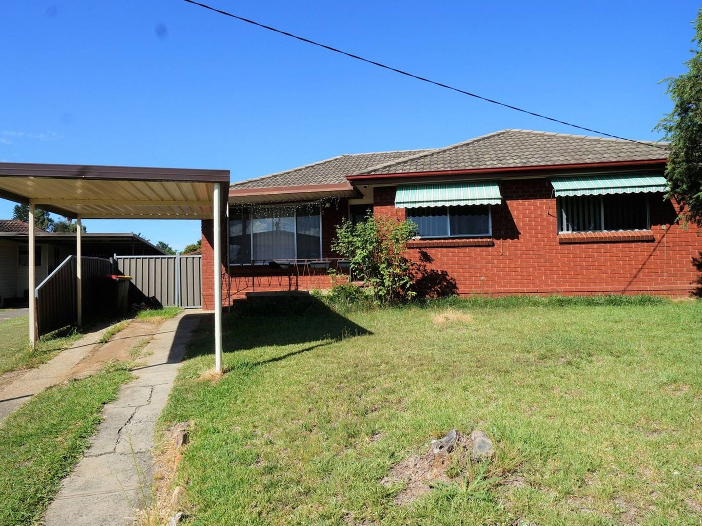 15 Fernlea Pl, Canley Heights NSW 2166, Image 0