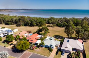 Picture of 15 Oceanview Street, Point Vernon QLD 4655