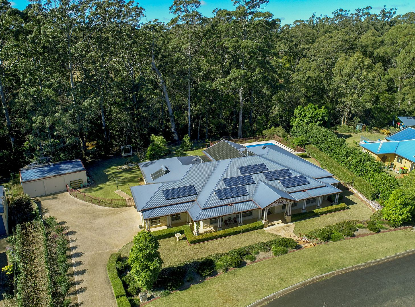 6 Leanne Court, Highfields QLD 4352, Image 2
