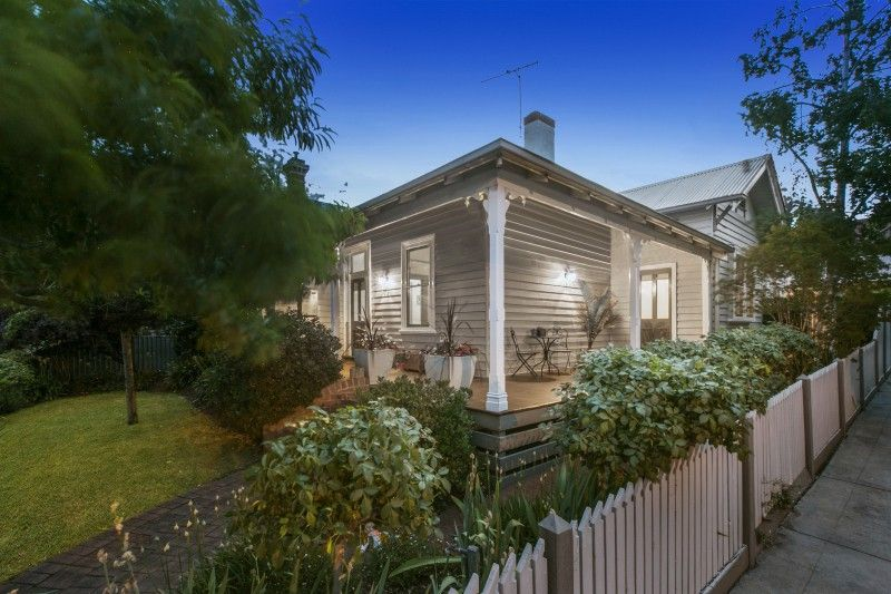 24 Carpenter Street, Quarry Hill VIC 3550, Image 0